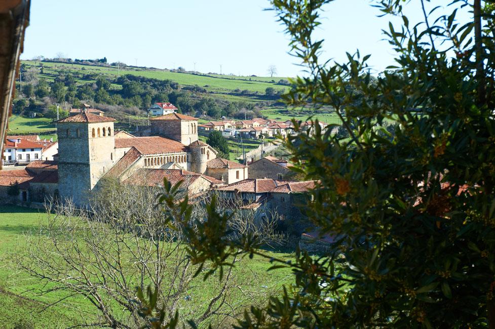 Rural inn in cantabria tourism santillana del mar - Casas del mar espana ...